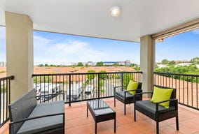 858/60  Endeavour Boulevard, North Lakes, Qld 4509