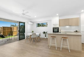 2/536 Nicklin Way, Wurtulla, Qld 4575