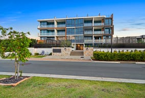 5230/52 Harbourview Drive, Hope Island, Qld 4212