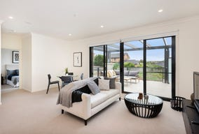 9/25 Bellavista Drive, Avondale Heights, Vic 3034