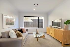 11 Loveday Street (1207), Oran Park, NSW 2570