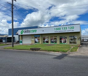 307 - 309 Spence Street, Bungalow, Qld 4870