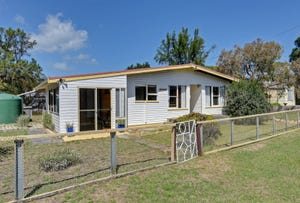 2 Fourth Avenue, Dodges Ferry, Tas 7173