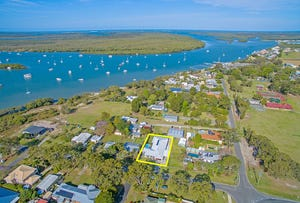 5 Seaview Avenue, Jacobs Well, Qld 4208