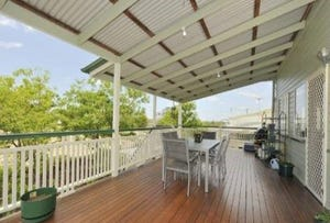 36 Bay Drive, Jacobs Well, Qld 4208