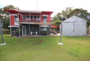 6 Armstrong Beach Road, Armstrong Beach, Qld 4737