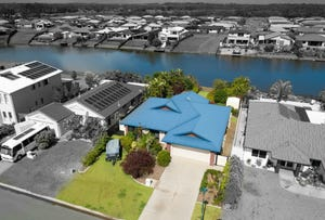 48 Earl St Vincent Circuit, Eli Waters, Qld 4655