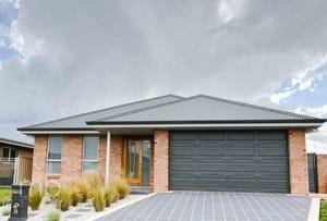 39 Emerald Drive, Orange, NSW 2800