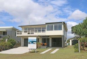10 Poinsettia Crescent, Brooms Head, NSW 2463