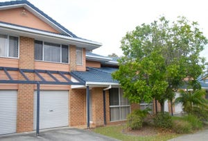 2/52 Margaret Street, Southport, Qld 4215