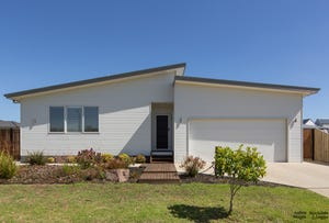 4 Castlecombe Circuit, Cowes, Vic 3922