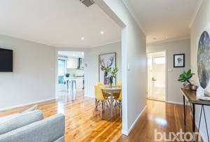 1 Foxhow Court, Hamlyn Heights, Vic 3215
