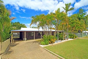 44 Kingfisher Parade, Norman Gardens, Qld 4701