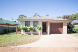 8 Glenshee Close, Dubbo, NSW 2830