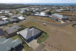 11 Sams Place, Coral Cove, Qld 4670