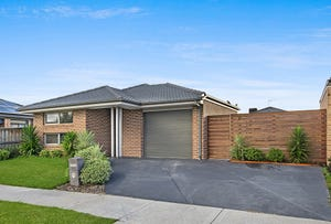 28 Prescott Drive, Cranbourne North, Vic 3977