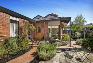 26 Higgins Close, Dingley Village, Vic 3172