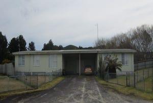 35 & 35A Counsel Street, Zeehan, Tas 7469