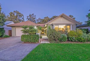 27 Esk Crescent, Wakerley, Qld 4154