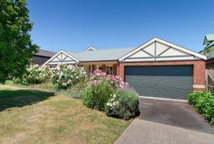 50 Weber Drive, Mornington, Vic 3931