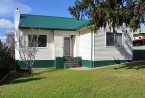 2 Chifley Place, West Bathurst, NSW 2795