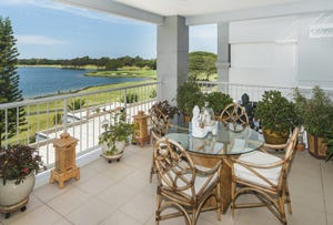 8317 Magnolia Drive East, Hope Island, Qld 4212