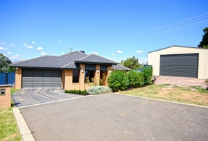 35 Mulberry Court, Lavington, NSW 2641