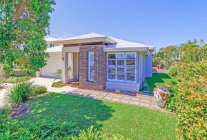 18 Clive Road, Birkdale, Qld 4159