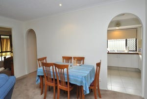 1/6 Woodgate Place, Paradise Point, Qld 4216