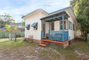 3 Taylor Road, Taylors Beach, NSW 2316