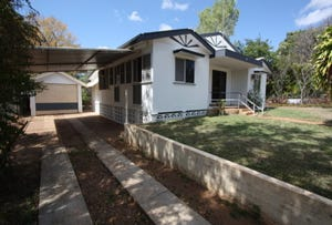111 Hackett Terrace, Charters Towers, Qld 4820