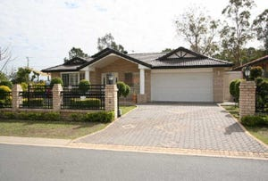 2 Chapple Place, Forest Lake, Qld 4078