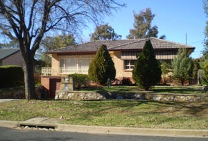 13 Morehead Street, Curtin, ACT 2605