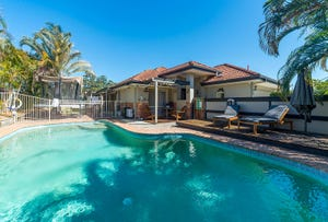 2 Sundown Drive, Paradise Point, Qld 4216