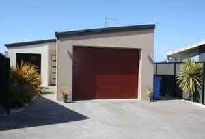 2/14 Tranquil Place, Shearwater, Tas 7307