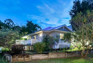 27 Moonya Street, Bardon, Qld 4065
