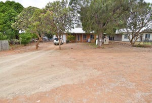 13 Stubley Street, Charters Towers, Qld 4820