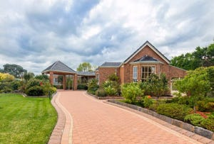 Narre Warren South, address available on request