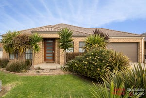 7 Rosella Grove, Cowes, Vic 3922