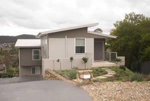 4 Grady Place, Jerrabomberra, NSW 2619