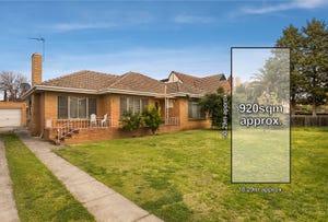 3 Merchiston Grove, Strathmore, Vic 3041