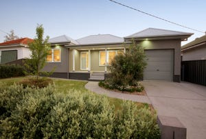 8 Heydon Avenue, Turvey Park, NSW 2650
