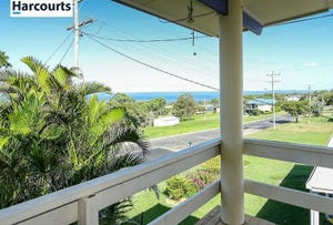 11 Curlew Terrace, River Heads, Qld 4655