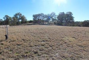 21 Parkes Drive, Tenterfield, NSW 2372