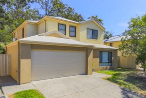 15 Caragh Crescent, Oxenford, Qld 4210
