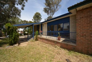 4 Sharp Place, Melba, ACT 2615