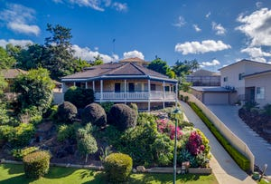 33 Tristania Way, Highland Park, Qld 4211
