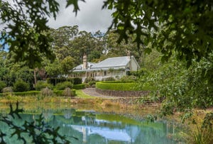 Kangaloon, address available on request