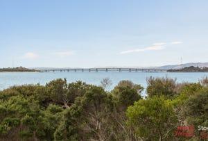 28 The Esplanade, Cape Woolamai, Vic 3925