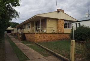 2/6 East Street, Tamworth, NSW 2340